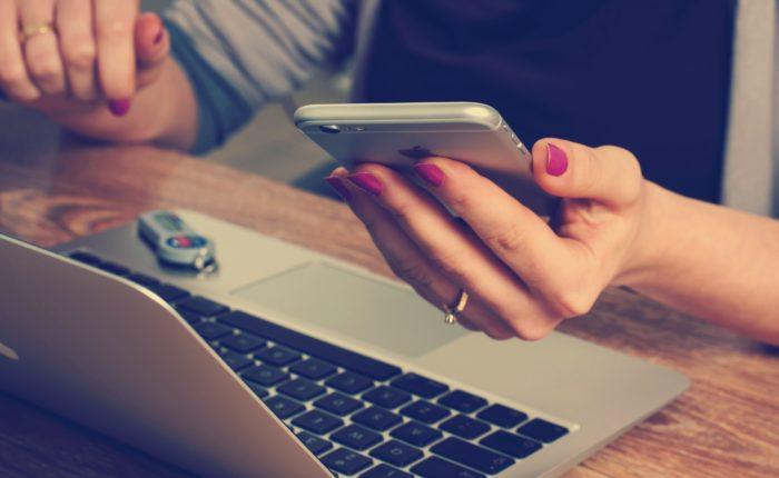 Don't Let Social Media Ruin Your Relationship